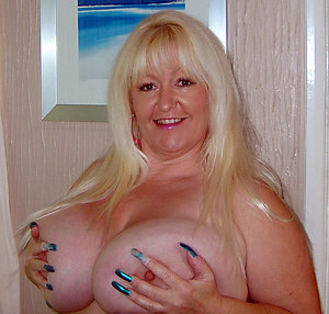 Beautiful mature big tit moms
