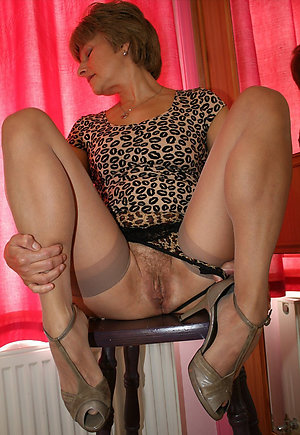 Hot free sluts in stockings