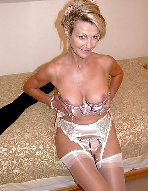 Gorgeous mature sluts in stockings