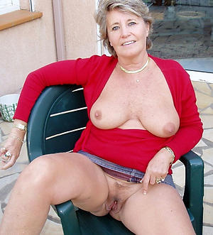 Amateur pics of horny mature housewife