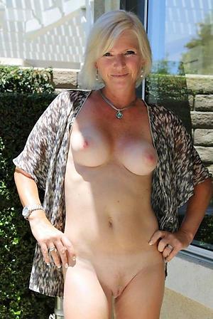Amateur sexy mature ladies