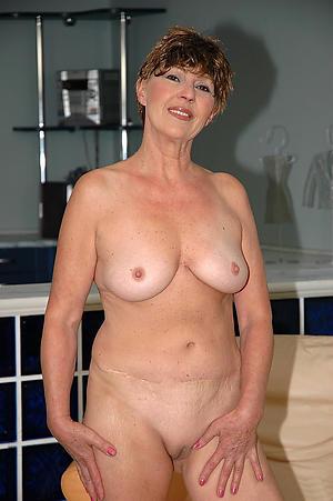 Amateur mature old ladies pictures