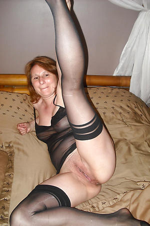 Naughty cougar mature pictures