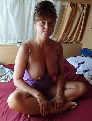 Nude cougar of age galleries