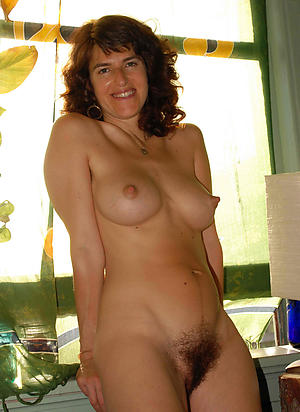 Bare-ass horny mature cougars gallery