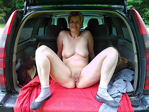 Amateur pics be beneficial to mature back car