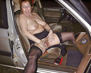 Free body of men masterbating in cars pictures