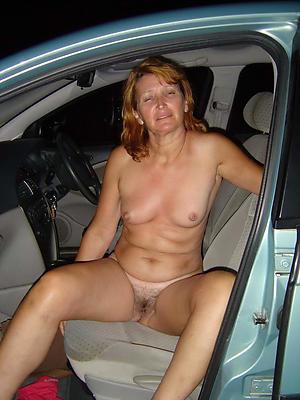 Pretty mature auto coitus pics