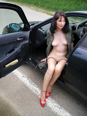Amazing mature auto porn pictures