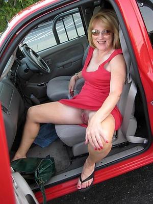 Amateur naked mature car porn pics