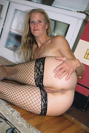 Pure sexy hot ass women pics