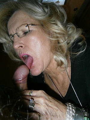 Free beautiful women giving blowjobs xxx