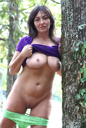 Free hot women cold pictures