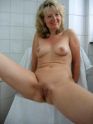 Sweet mature cunts pics