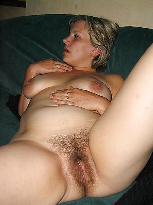 Naked mature big cunt