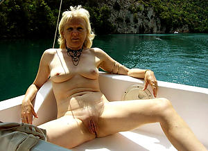 Free mature amateur pictures