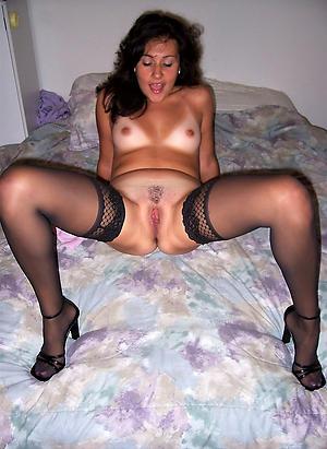 Nude full-grown amateur photos