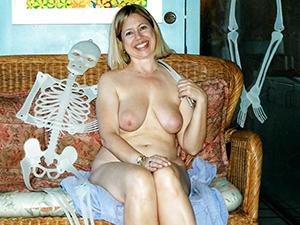 Favorite of age amateur nude column