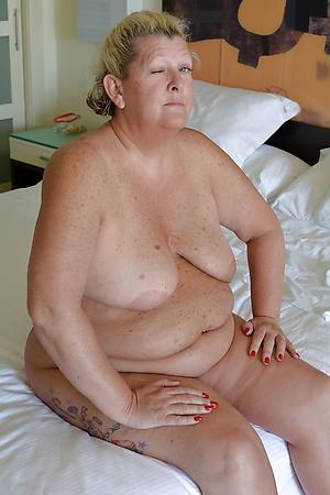 Amateur bbw naked