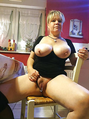 Literal hot sexy moms pic