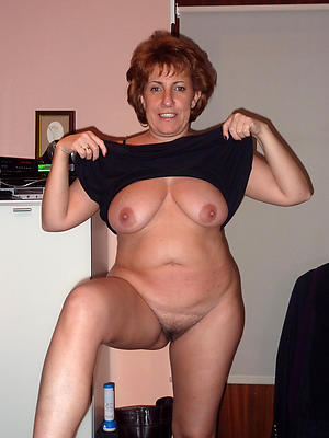 Realy sexy nude moms