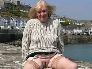 Slutty upskirt mature women