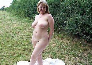 Pulsate pics of single matures