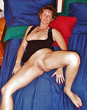 Sexy single matures