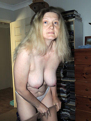 Hot mature single women