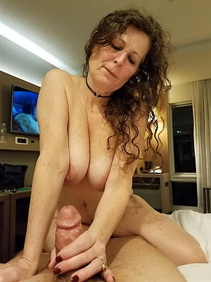 Naked mature european pussy