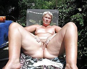 Pictures of mature vaginas