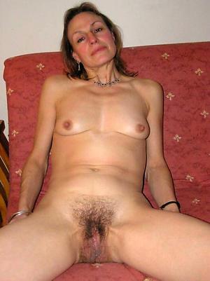 Naked grown-up big vagina