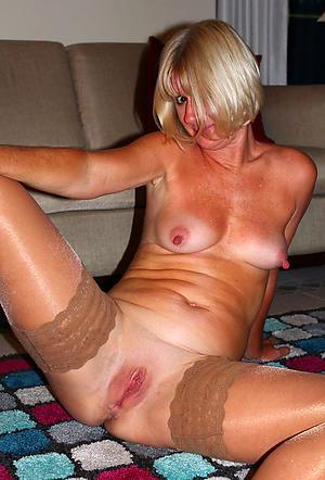Horny hairy mature vagina