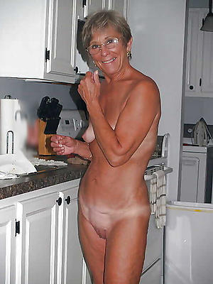 Naked mature vapid woman