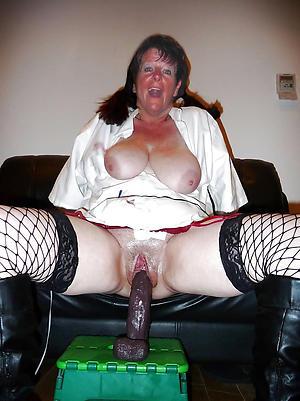 Nude women masturbating porn