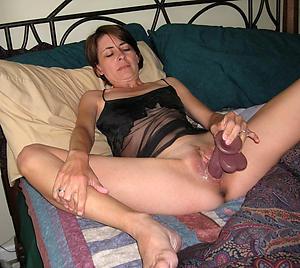 Xxx mature women masturbating