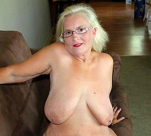 Xxx mature busty blonde amateur photo
