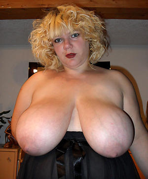 Private mature busty babes pics