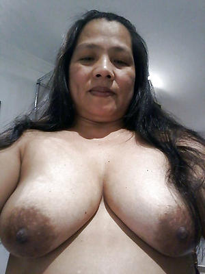 Busty adult filipina women naked photos