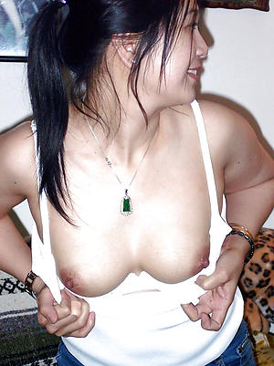 Nude pics of mature filipina pussy