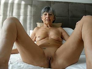 Elder statesman mature pussy naked photos