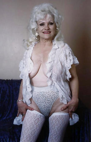 Amateur pics of classic mature