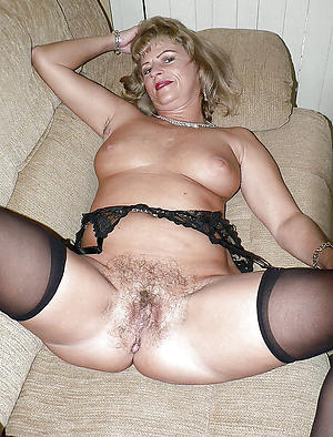 Amateur pics of hairy cunt mature