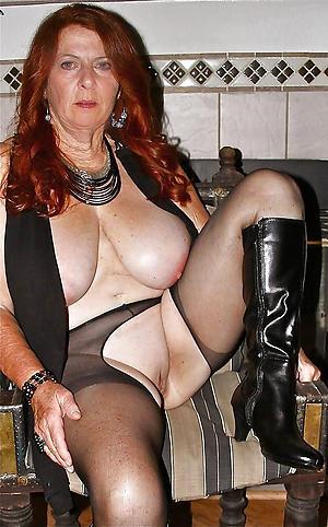 Pretty private mature porn