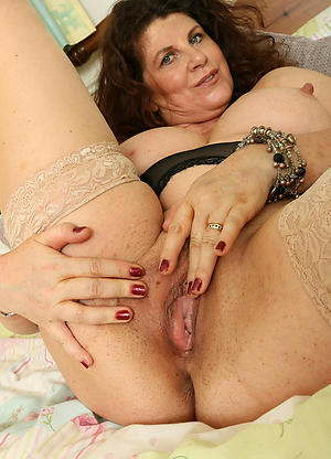 Pretty homemade mature sexual relations gallery