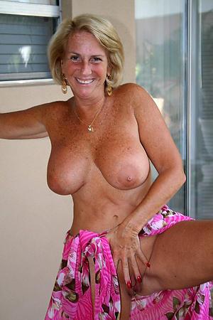 Horny hot women sluts photos