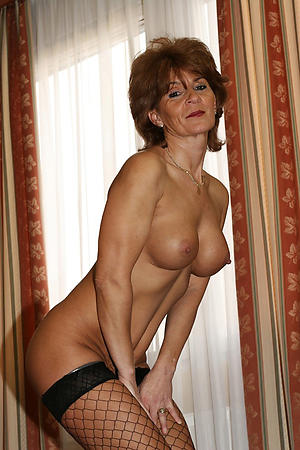Pretty slut wife pussy amateur pictures