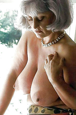 Sexy mature erotic galleries