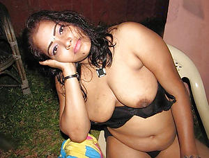Favorite mature indian porn pics