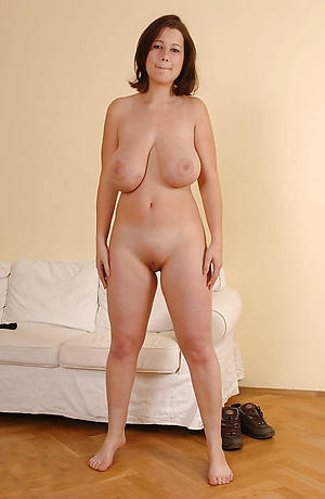 Lay pics of hot nude matures